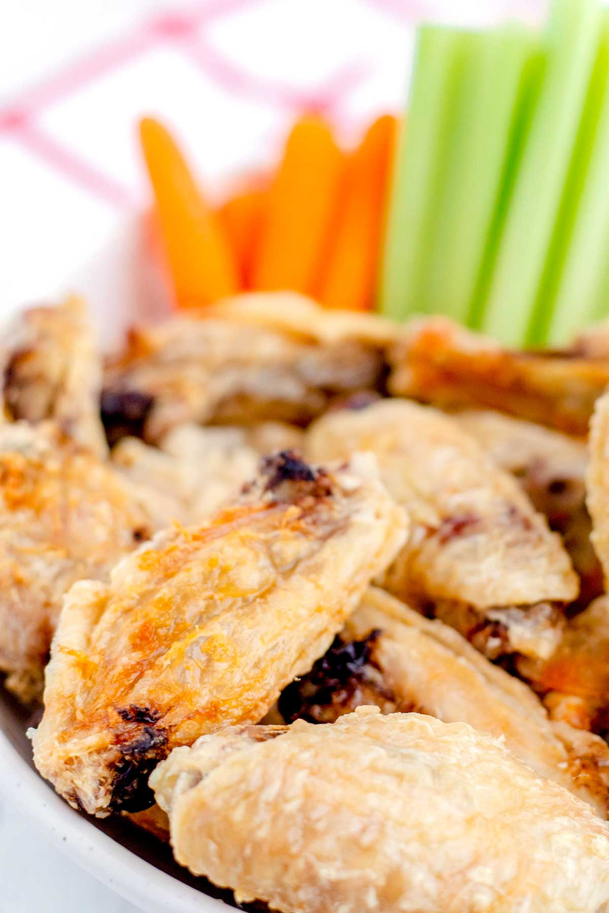 Baked Chicken Wings served without sauce.