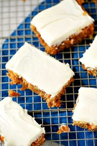 Easy and delicious recipe for carrot cake
