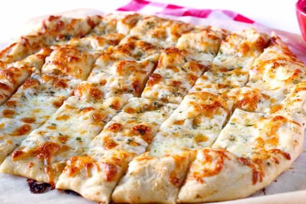 Pizzeria Style Garlic Cheese Breadsticks recipe