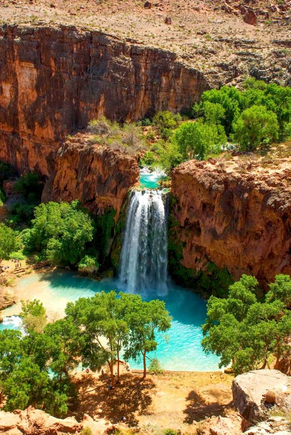 Everything you need to know about hiking to Havasupai Falls Arizona.