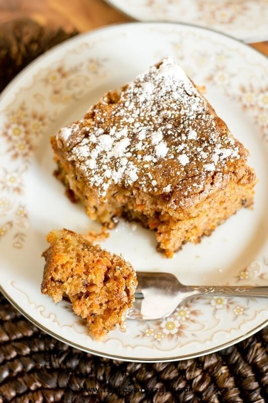 Simple carrot cake with no frosting