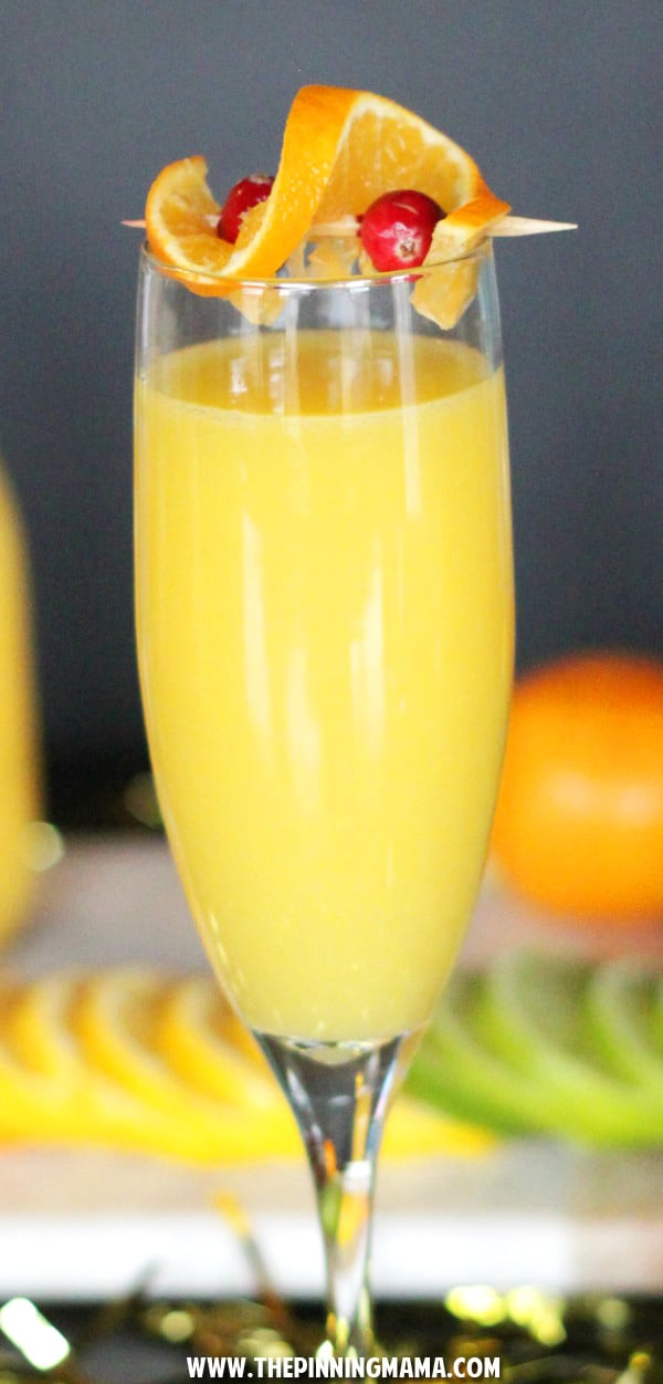 Skinny Mimosa Mocktail in a glass