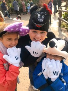 Jillian and kids at Shanghai Disneyland