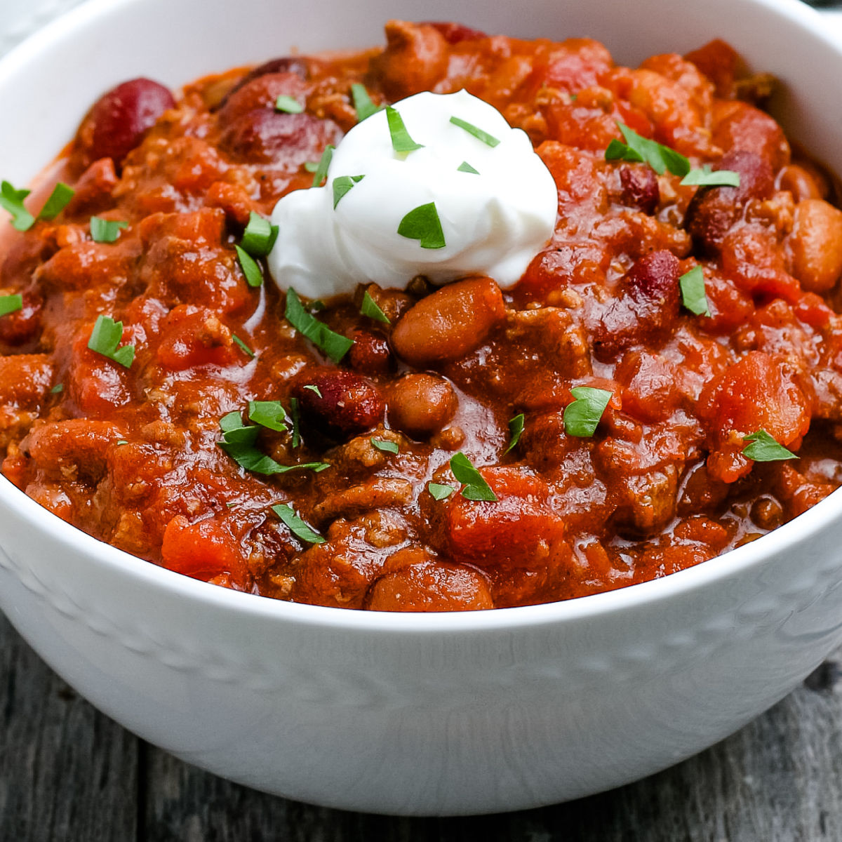Easy Crockpot Chili For A Crowd Food Folks And Fun