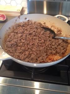 Browning 2 lbs UN-seasoned ground beef.