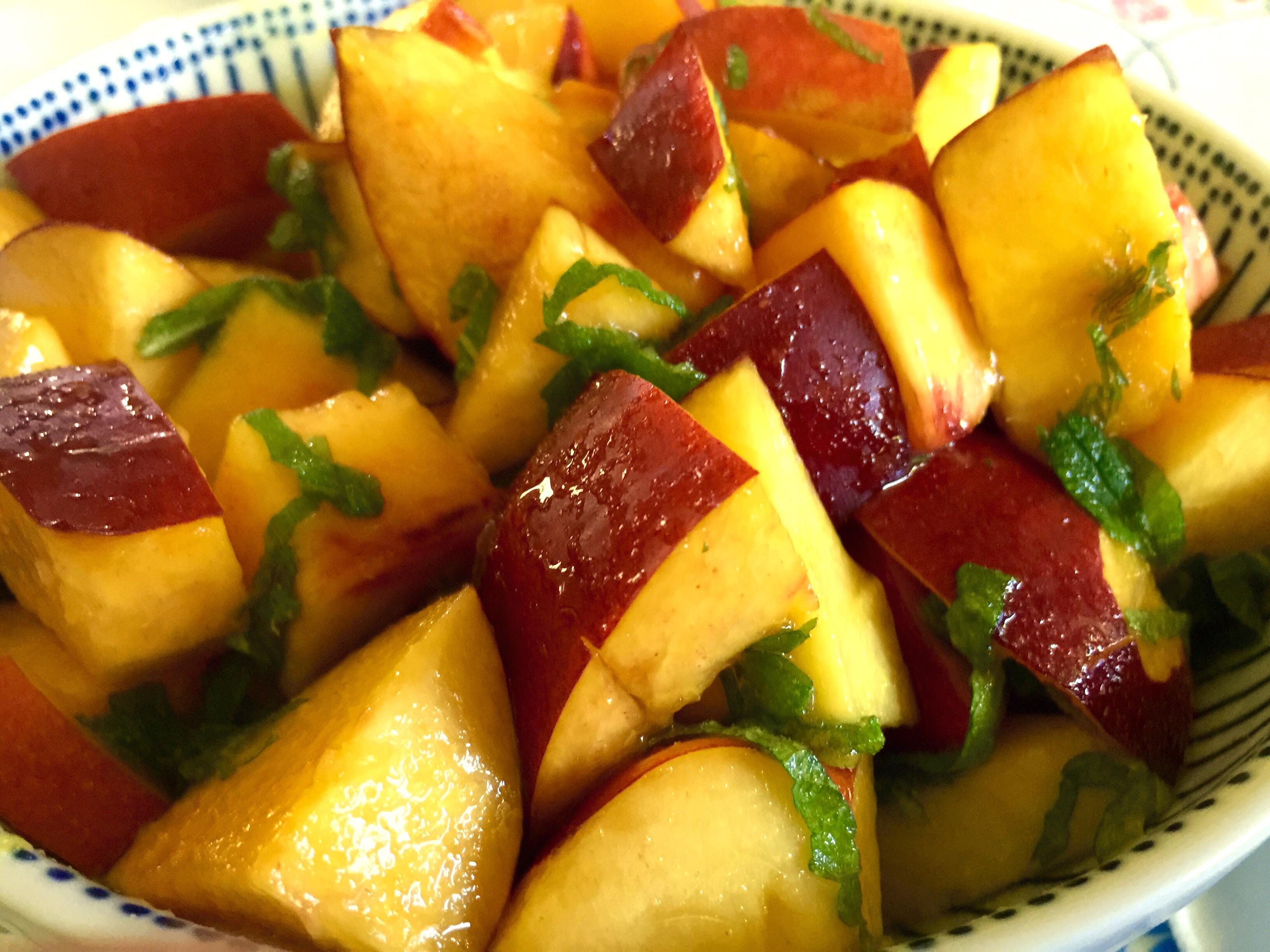 Lemon Nectarine Fruit Salad with Fresh Mint
