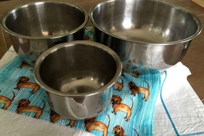 For sale ((by Emily)) -- set of 3 Vollrath stainless steel mixing ...