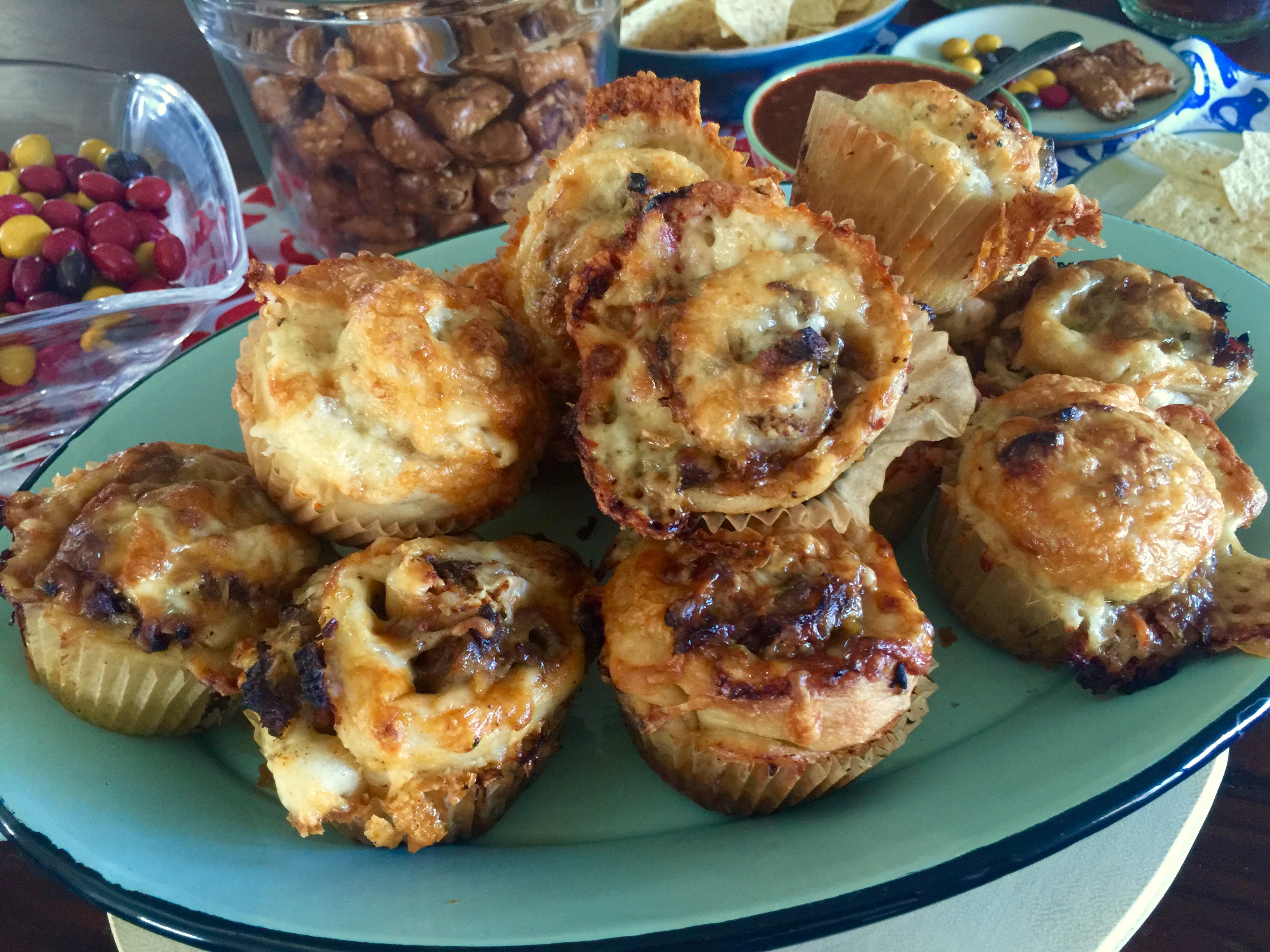 New FFAY recipe @ Sinkology – The PERFECT Super Bowl Snack :: Pizza Roll-ups!