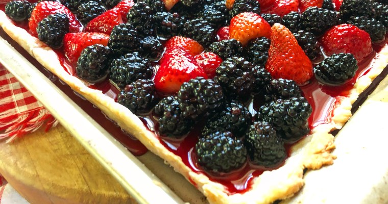 Fresh (Strawberry + Blackberry) Slab Pie