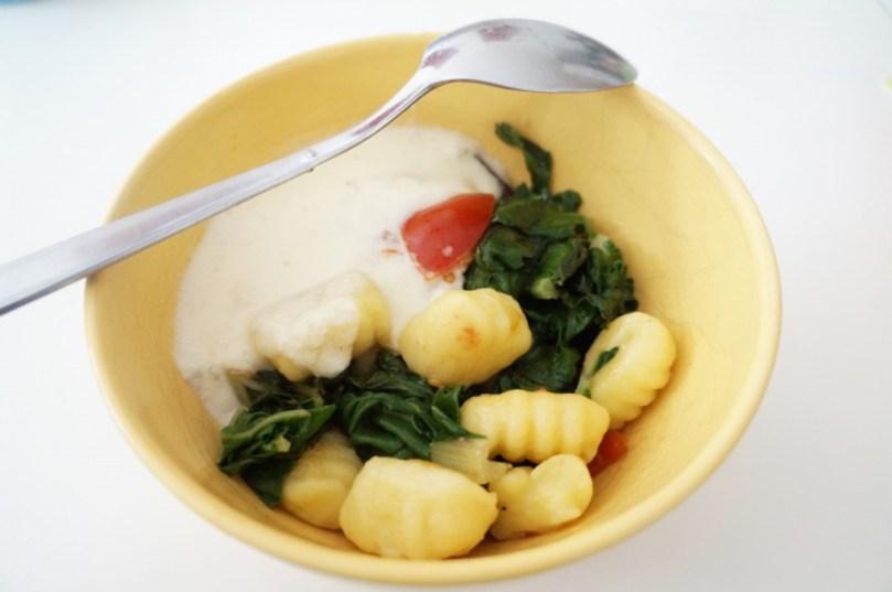 Gnocchi mit Mangold und Käsesauce