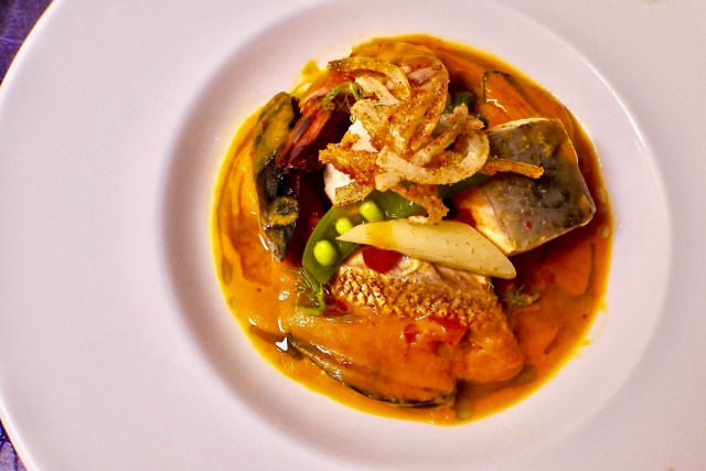 The Dining | Seafood Tomato Bouillabaisse | Samplings on the 14th | Food For Thought
