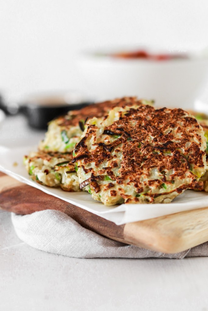 Cauliflower & Leek Fritters (Gluten & Grain Free, Low Carb) From Front Close Up