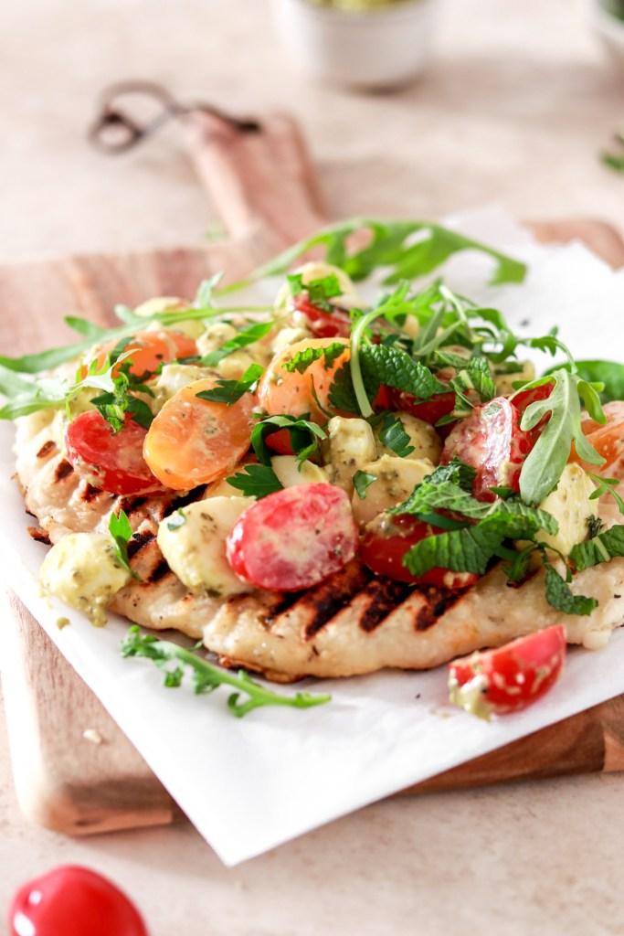 Easy Flatbread Pizza with Cherry Tomatoes, Mozzarella & Pesto (Gluten Free) From Above
