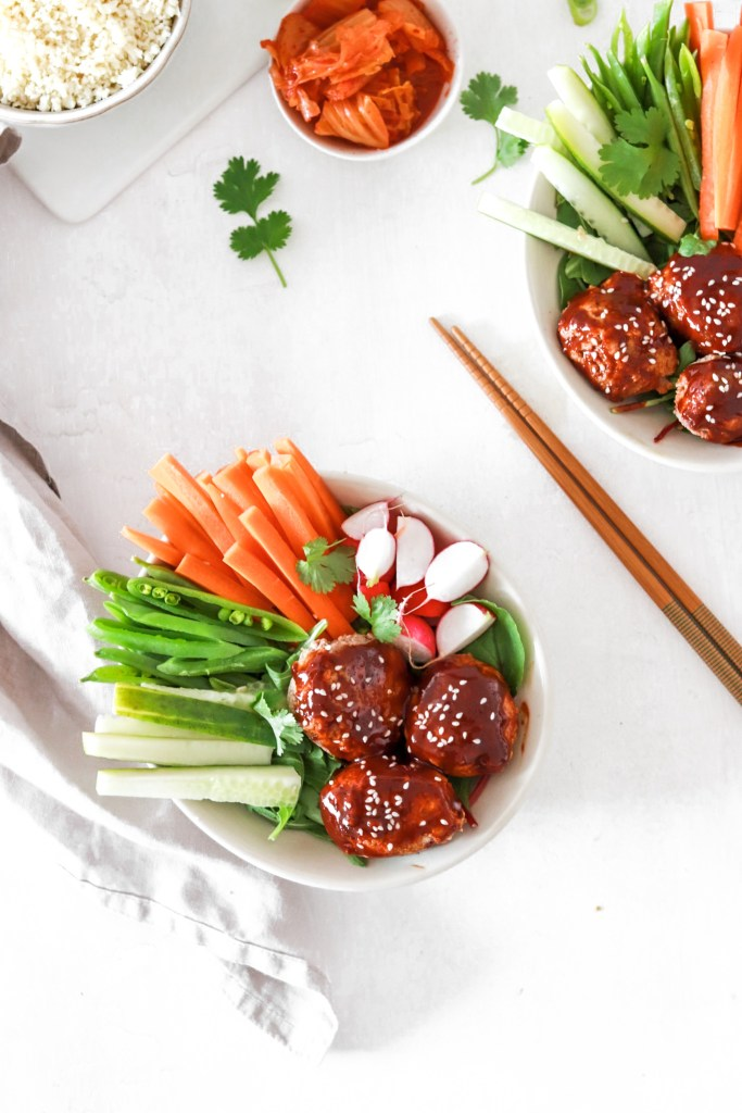 Korean Sticky Meatballs with Fresh Vegetables (Gluten, Grain, Dairy Free & Low Carb) From Above