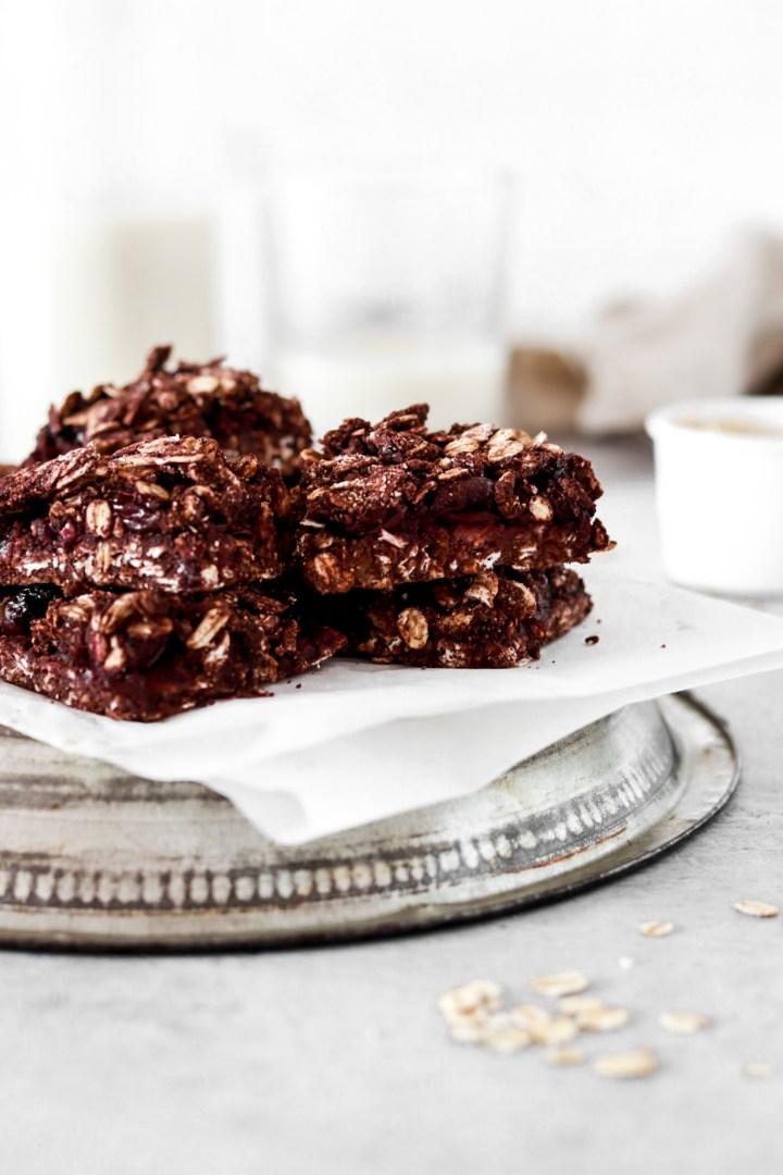 Cherry Chocolate Crumble Bars (Vegan, Gluten & Sugar Free)