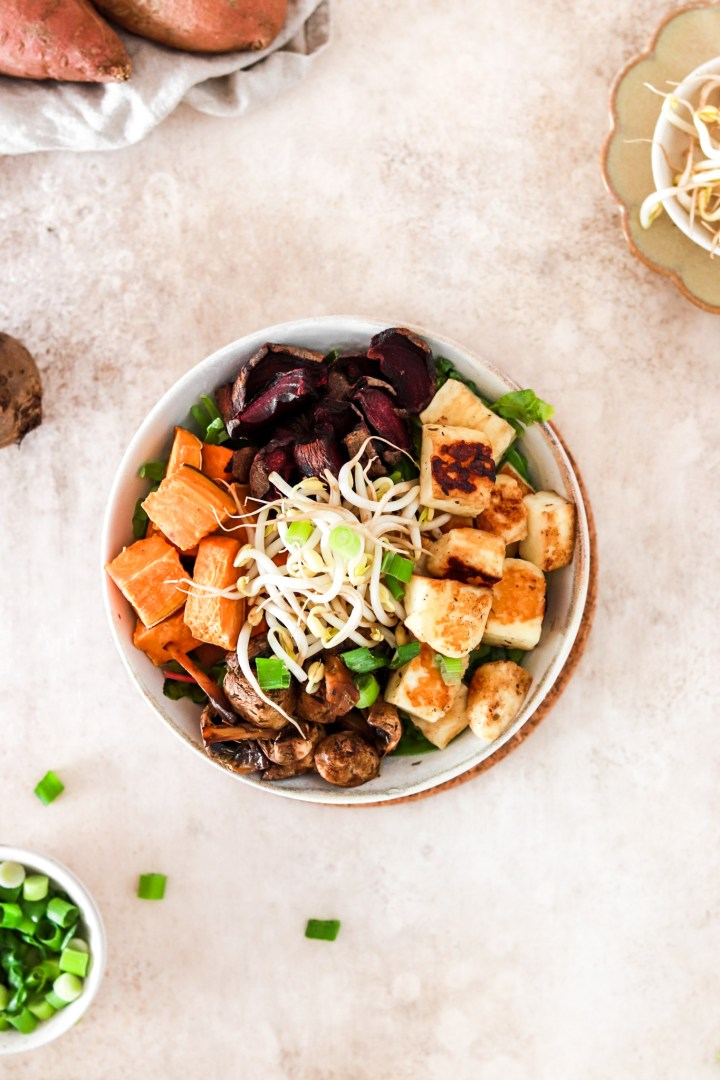 Halloumi Salad Bowl (Vegetarian & Gluten Free)