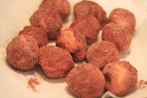 Homemade Cinnamon Sugar Doughnut Holes