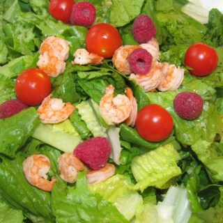 Summer Salad Recipe: Romaine, Shrimp and Raspberry Salad