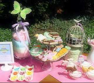 Spring Entertaining Live Chat