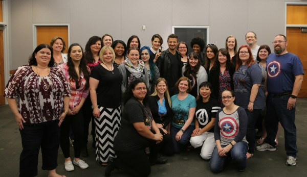Jeremy Renner, Cobie Smulders and the bloggers | Photo courtesy of Disney