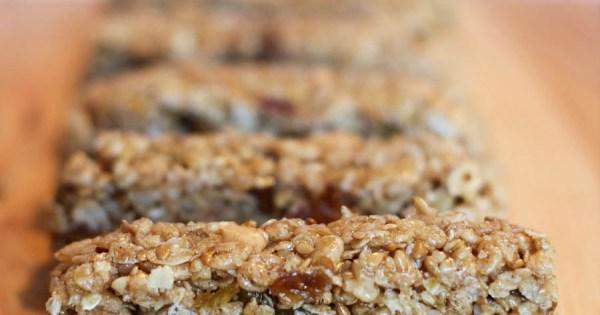 https://foodfunfamily.com/cinnamon-raisin-granola-bars/