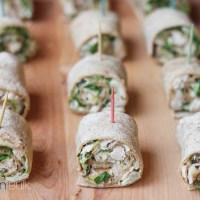 Easy Chicken Caesar Salad Pinwheels