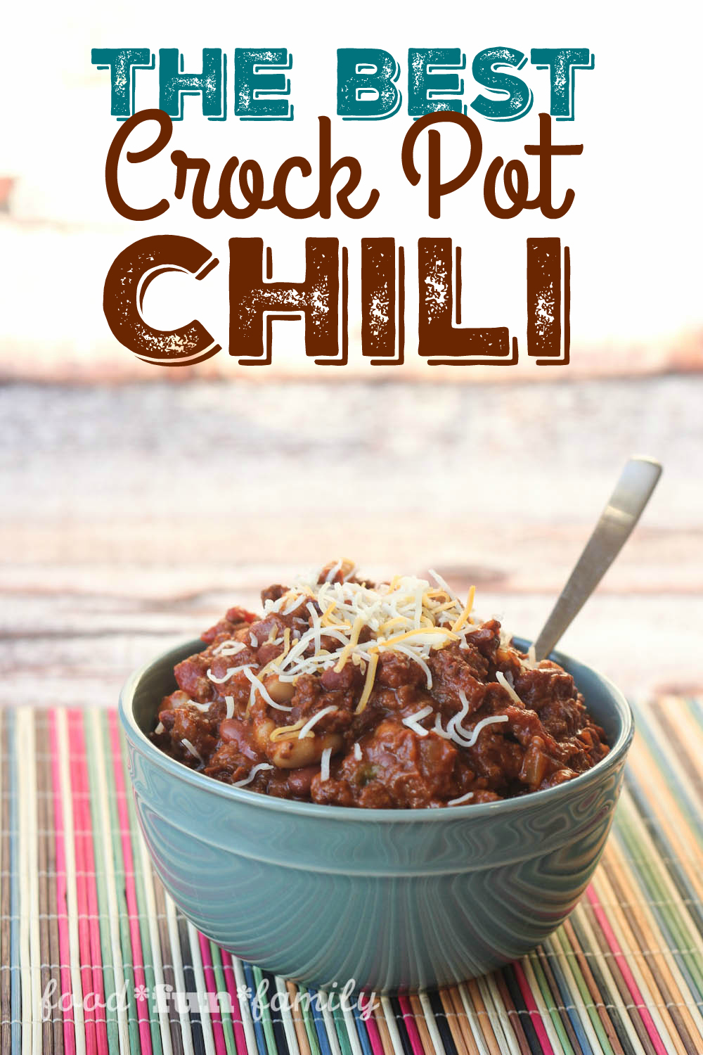 The Best Crockpot Chili Recipe - This is the BEST kind of comfort food and so easy to make! Just throw everything in your slow cooker and enjoy a delicious, easy dinner at night