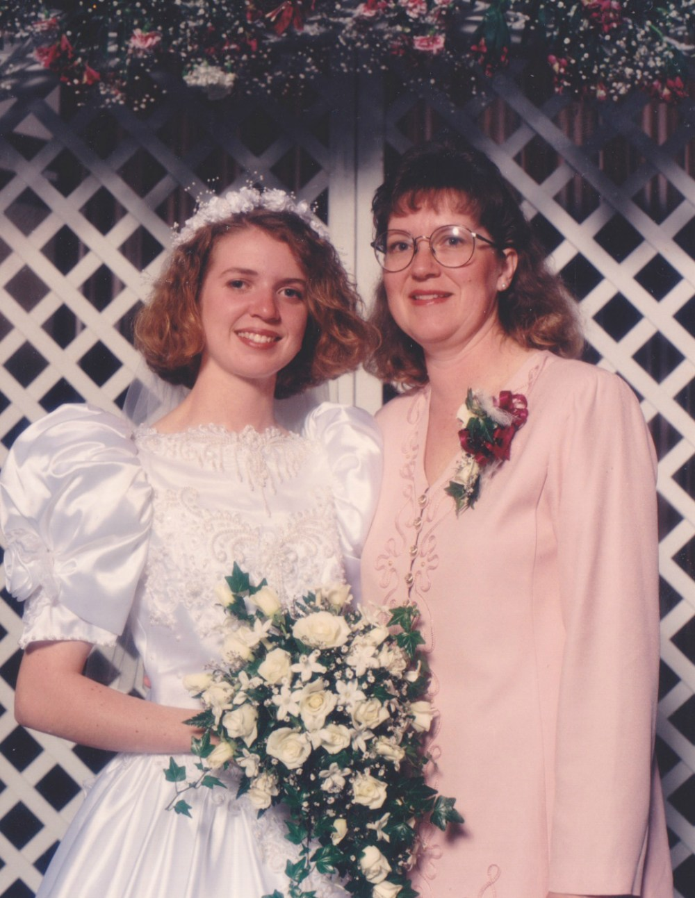 Laura and Mom at wedding