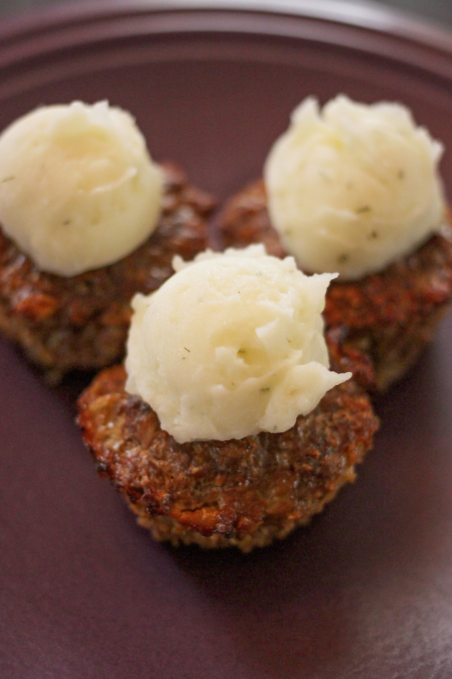 Meatloaf Muffins with Ranch Style Mashed Potatoes - an easy family-friendly recipe!
