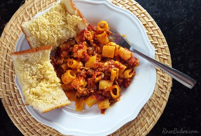 Spicy-Sausage-Cheese-Rigatoni-Recipe