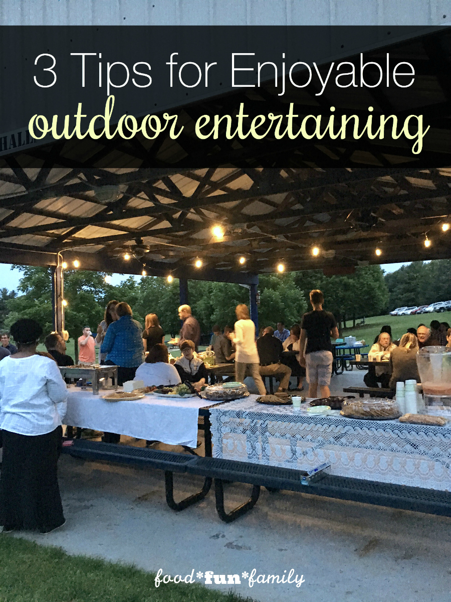 3 tips for enjoyable outdoor entertaining - whether you're planning a big outdoor party, a simple barbecue with friends, or an intimate get-together, here are 3 tips to make your event enjoyable (for both the host and those attending!)