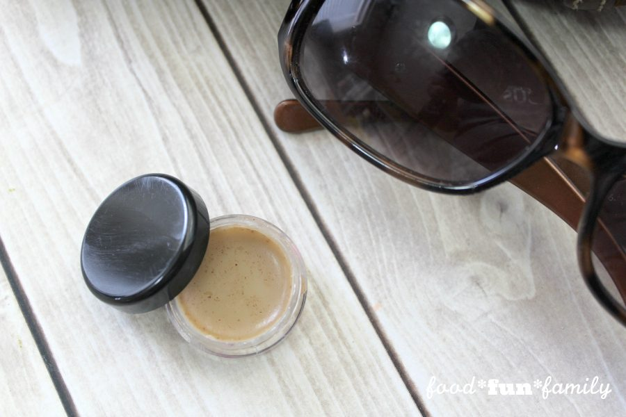 DIY cinnamon lip balm