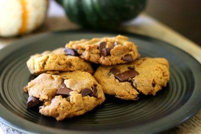 pumpkin-cookies-2-700x467