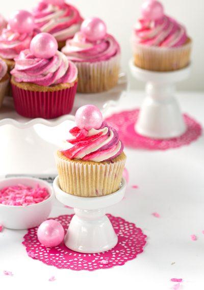 strawberry-cupcakes-2