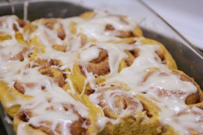 12oct22_pumpkin-cinnamon-rolls2