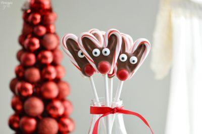 no-bake-reindeer-candy-cane-pop