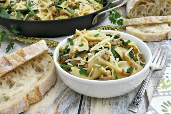 Bowtie-Pasta-with-Chicken-Italian-Sausage-Asparagus-and-Caramelized-Onions