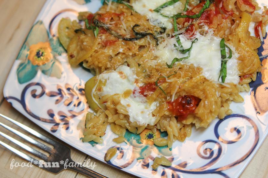 Orzo With Pan-Roasted Tomatoes, Lemon and Mozzarella