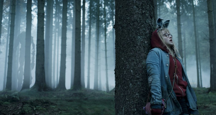 Madison Wolfe is Barbara Thorson in I Kill Giants