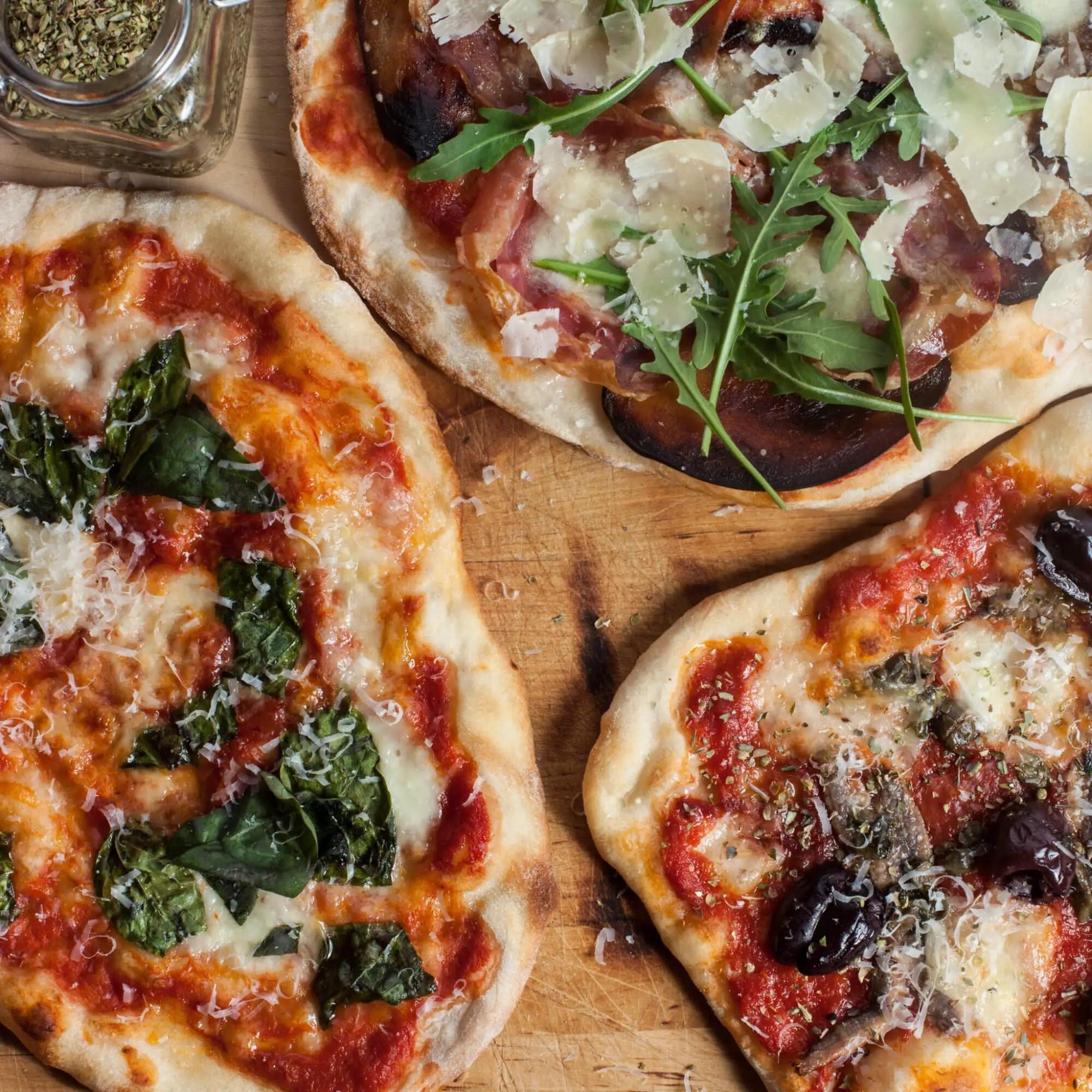 perfekt hjemmelavet pizza opskrift i din almindelige ovn