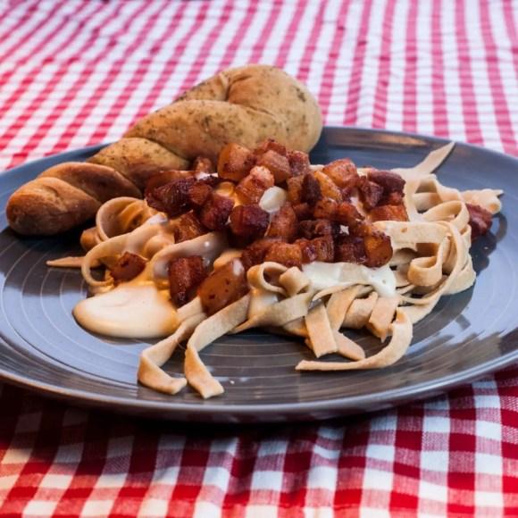 tagliatelle-med-mornay-sauce-og-bacon-sqaure