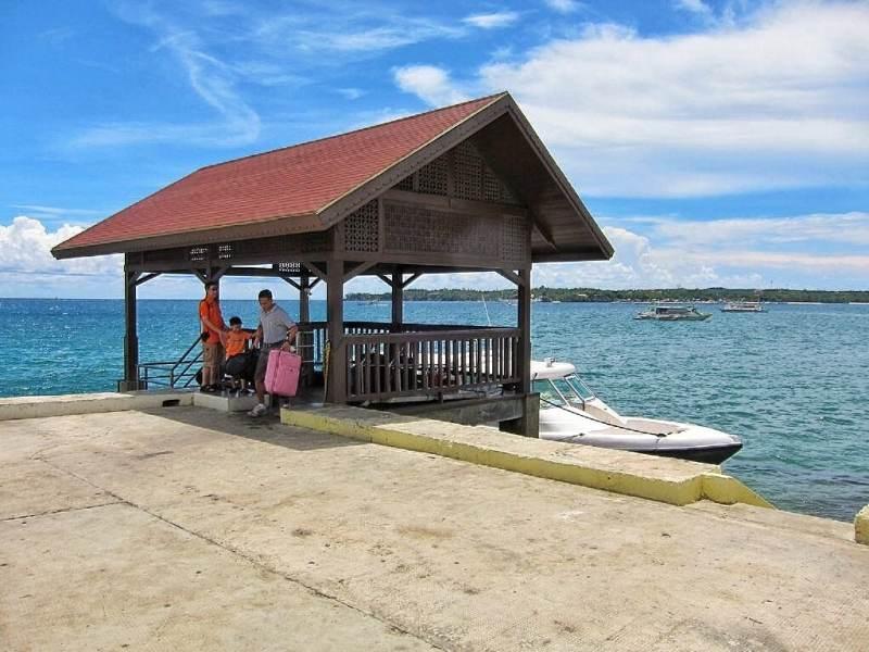 Speedboat dock.
