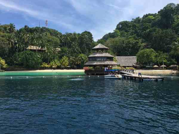 foodicles-pearl-farm-resort-1-boat-dock
