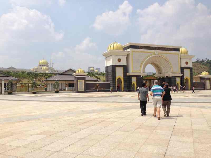 foodicles royal palace 1