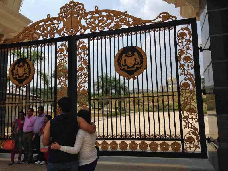 foodicles royal palace 2