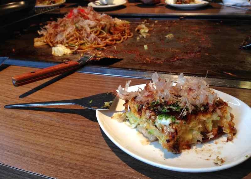 foodicles-osaka-8-okonomiyaki