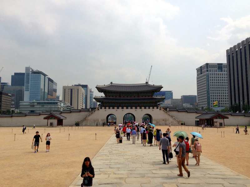 foodicles-seoul-free-museums-1-gyeongbokgung-palace