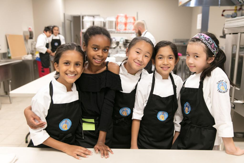 kids cooking school