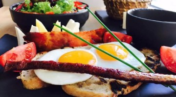 The Best Breakfasts Bucharest Has To Offer | 8 Must Try Places!