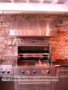 Prefabricated modular stainless steel outdoor kitchen by Viking on Foodie Gardeners
